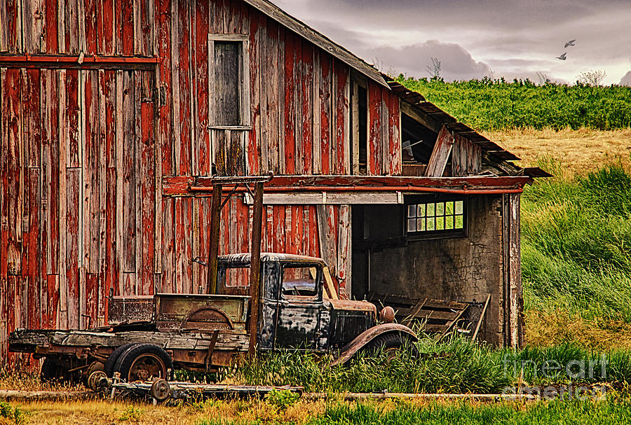 Red Barn And Truck In The Palouse Photograph By Priscilla Burgers