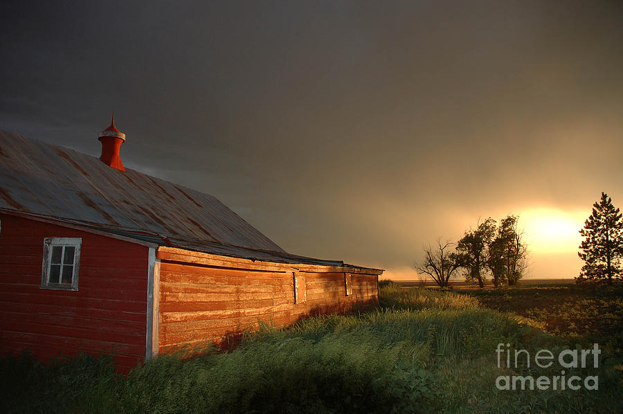 Barn Photograph - Red Barn At Sundown by Jerry McElroy