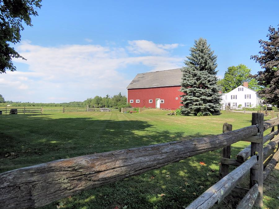 Red Barn Photograph - Red Barn by Janice Drew