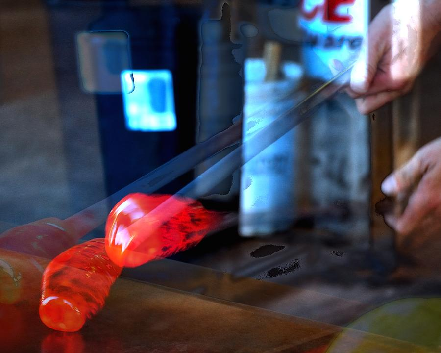 Red Hot Glass 17706 Photograph