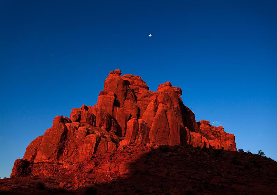 American Photograph - Red Rock Sunrise by Jonathan Gewirtz