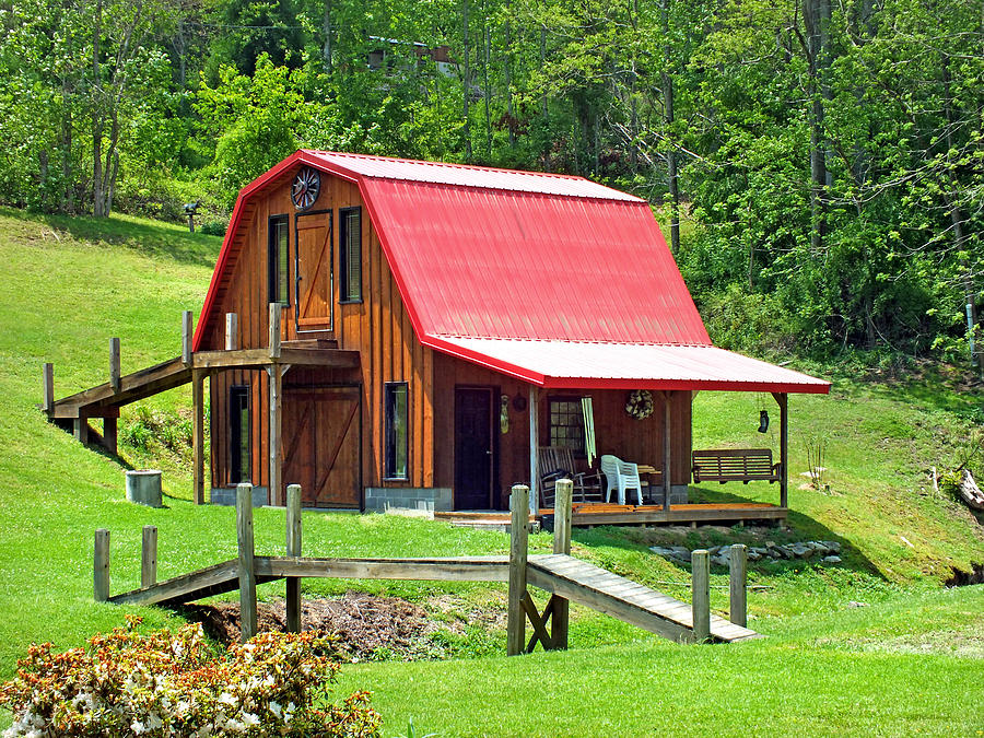 Red Roof Cabin Barn Photograph By Duane McCullough
