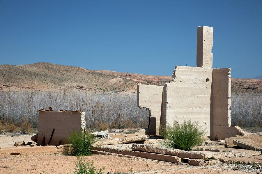 House Photograph - Remains Of House Flooded By Hoover Dam by Jim West