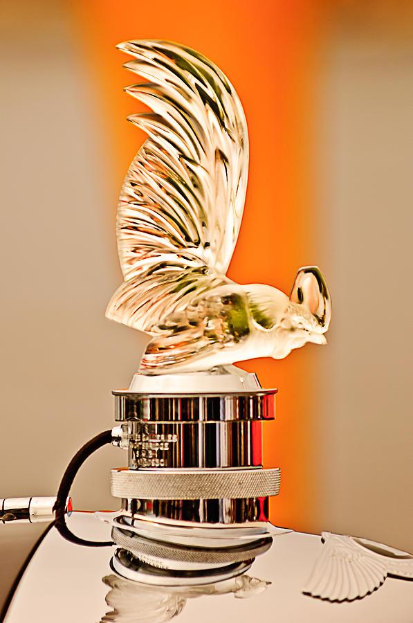 Hood Ornament Photograph - Rene Lalique -coq Nain - 1930 Bentley Speed Six H.j Mulliner Saloon Hood Ornament by Jill Reger