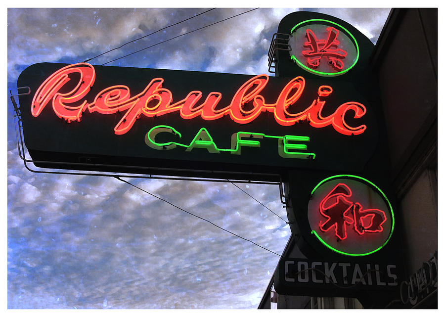 Portland Or Photograph - Republic Cafe by Gail Lawnicki