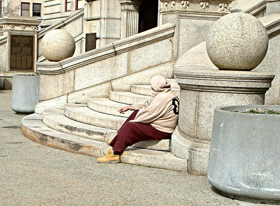 2012 Photograph - Resting On The Steps Of City Hall by Mike McCool