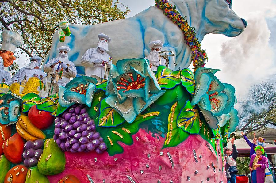 New Orleans Photograph - Rex Mardi Gras Parade II by Steve Harrington