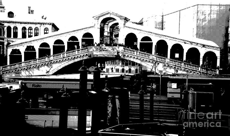Rialto Bridge Photograph - Rialto Bridge - Black And White by Jacqueline M Lewis