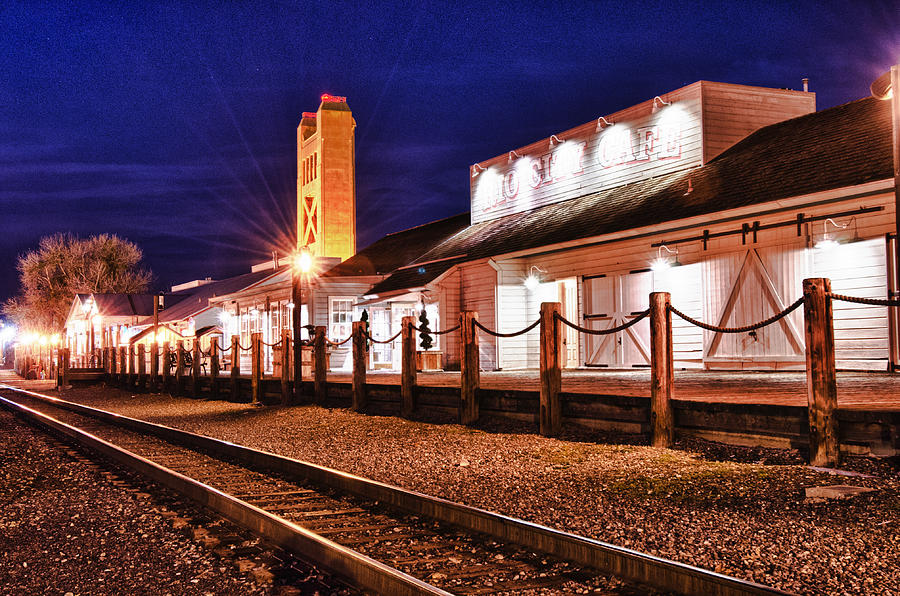 Railroad Tracks Photograph - Rio City Cafe by Robert Rus