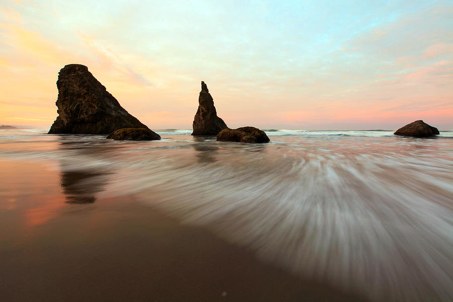 Oregon Photograph - Rise And Shine by Pamela Winders