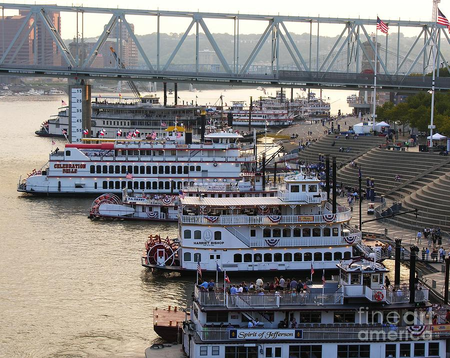Cityscapes Photograph - Riverboat Row by Mel Steinhauer