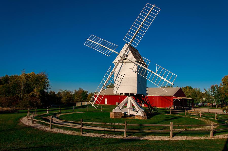 Mill Photograph - Robertson Post Mill by Gene Sherrill