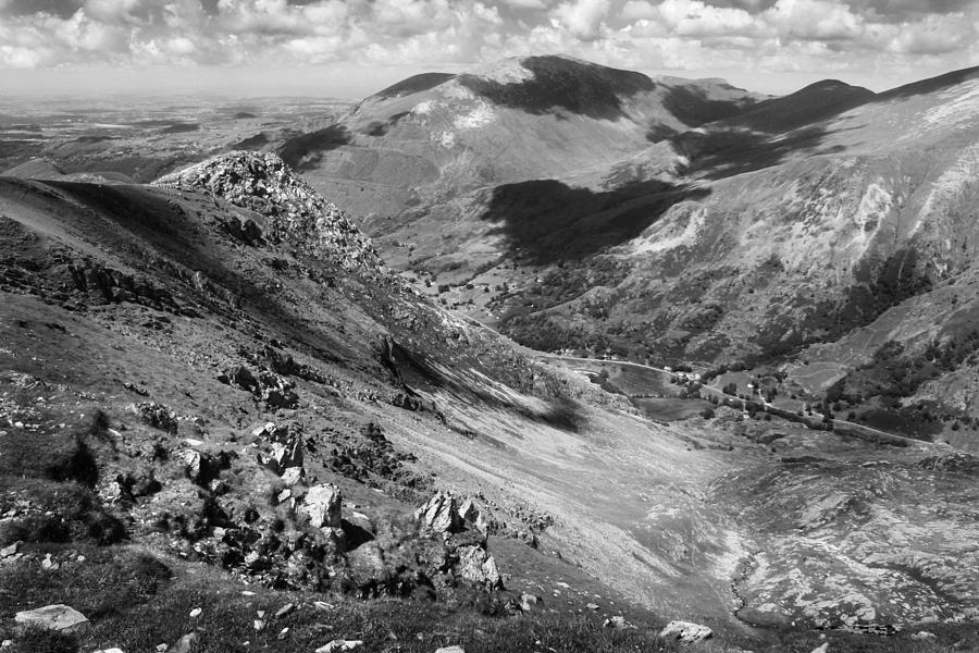 Mount Snowdon Photograph - Rocky Snowdon by Ed Pettitt