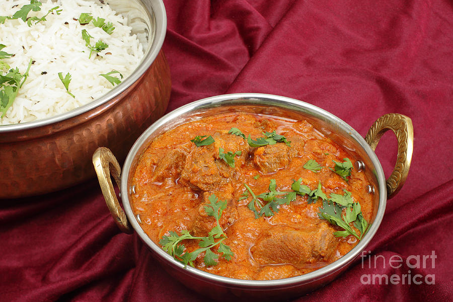 Lamb Photograph - Rogan Josh In Kadai Bowl by Paul Cowan