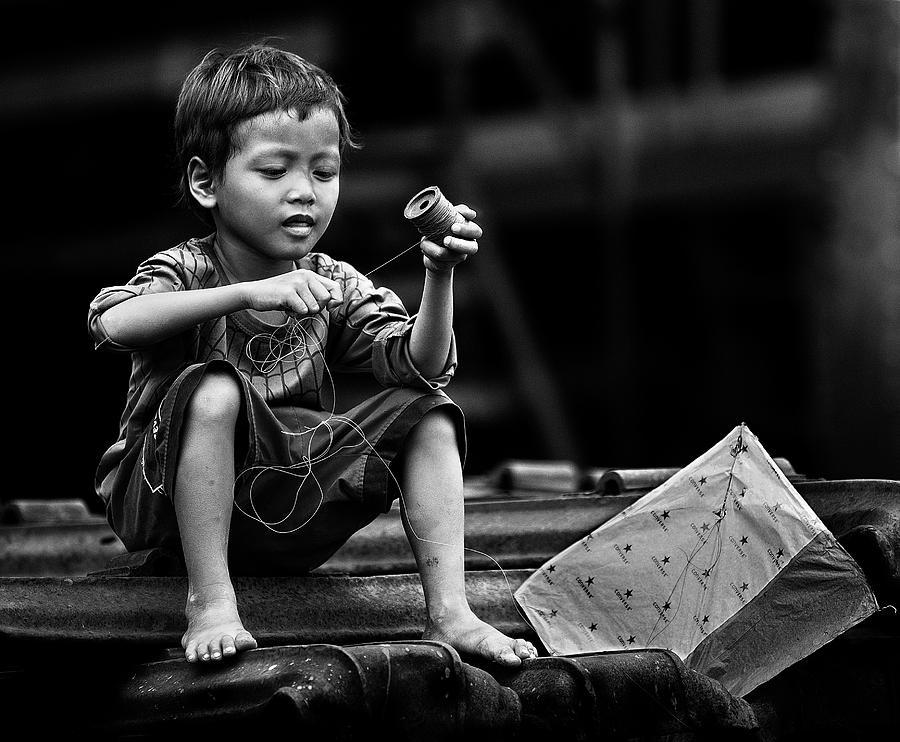 Kite Photograph - Roll And Play It Again by Sebastian Kisworo