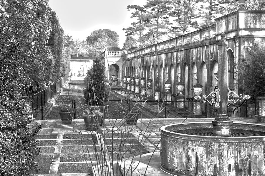 Roman Photograph - Roman Gardens In The Fall - Bw by Lou Ford