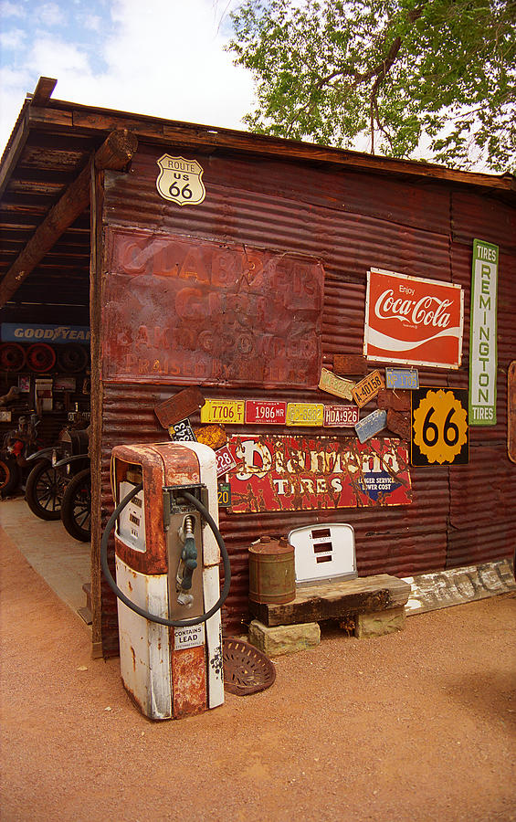 route 66 garage and pump photograph by frank romeo