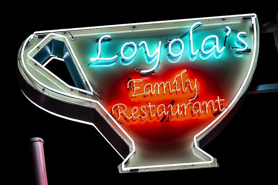 Loyola S Family Restaurant