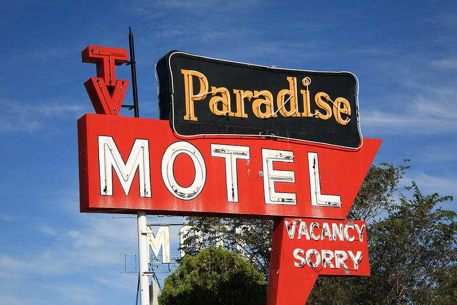 66 Photograph - Route 66 - Paradise Motel by Frank Romeo