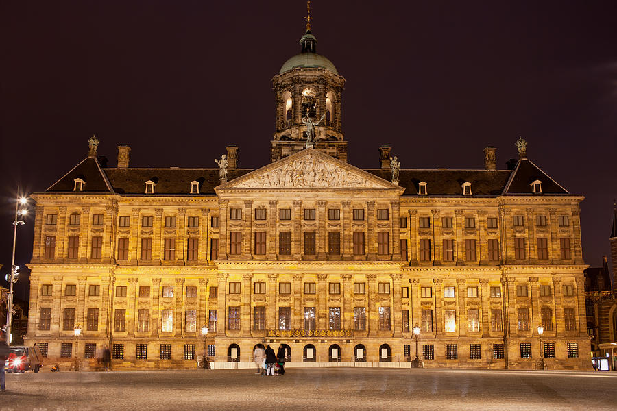 royal palace in amsterdam at night photograph by artur bogacki. Black Bedroom Furniture Sets. Home Design Ideas
