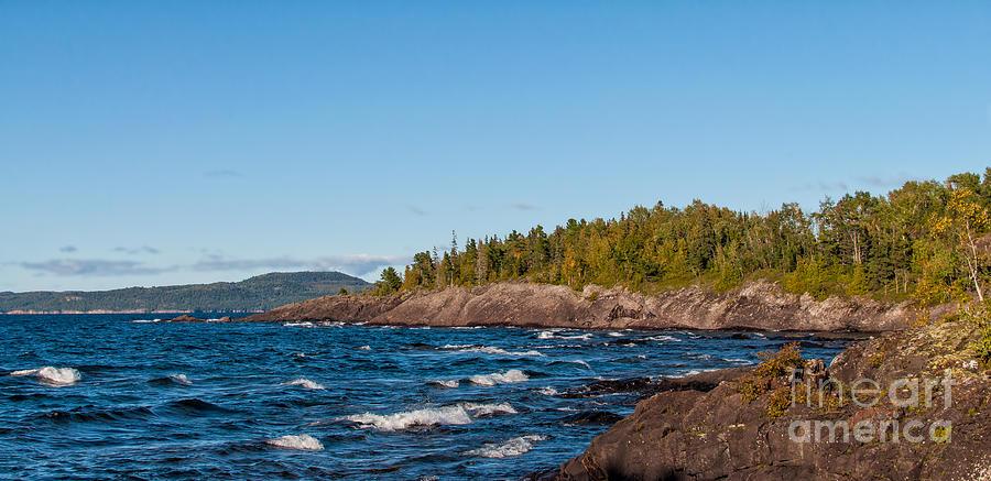 North Photograph - Rugged Lake Superior Coastline by Les Palenik