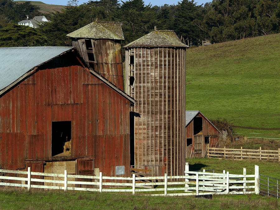 Barn Photograph - Rural Barn by Bill Gallagher