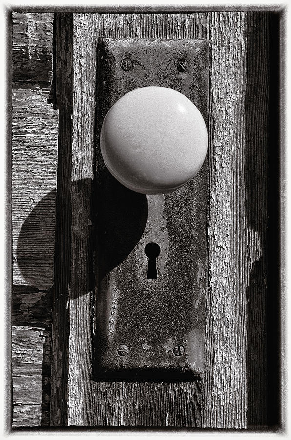 Rusty Old Door Knob Photograph by Steve Hurt