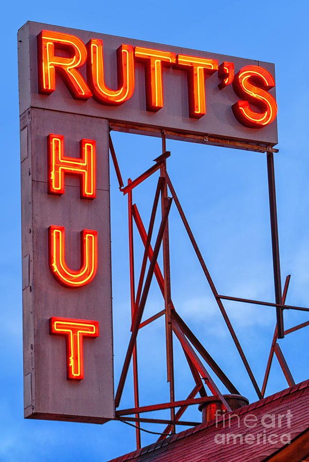 Clifton Photograph - Rutts Hut by Jerry Fornarotto