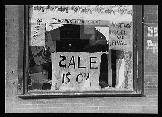 Spelling Photograph - Sale Is On by Bill Cannon