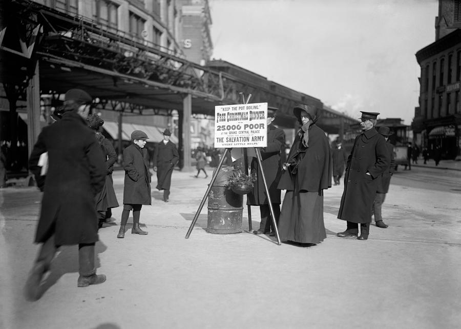 1903 Photograph - Salvation Army Christmas by Granger