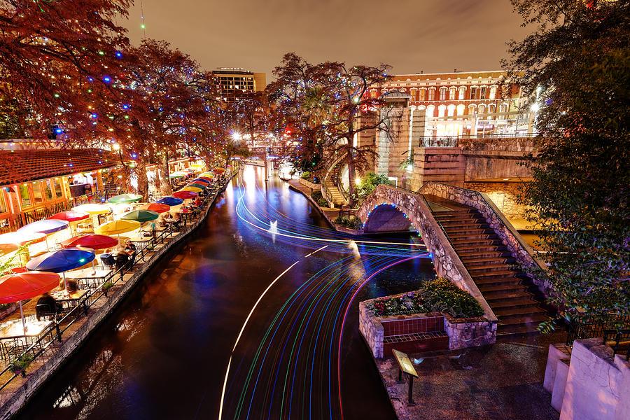 San Antonio Riverwalk Christmas.San Antonio Riverwalk And Christmas Lights San Antonio Texas