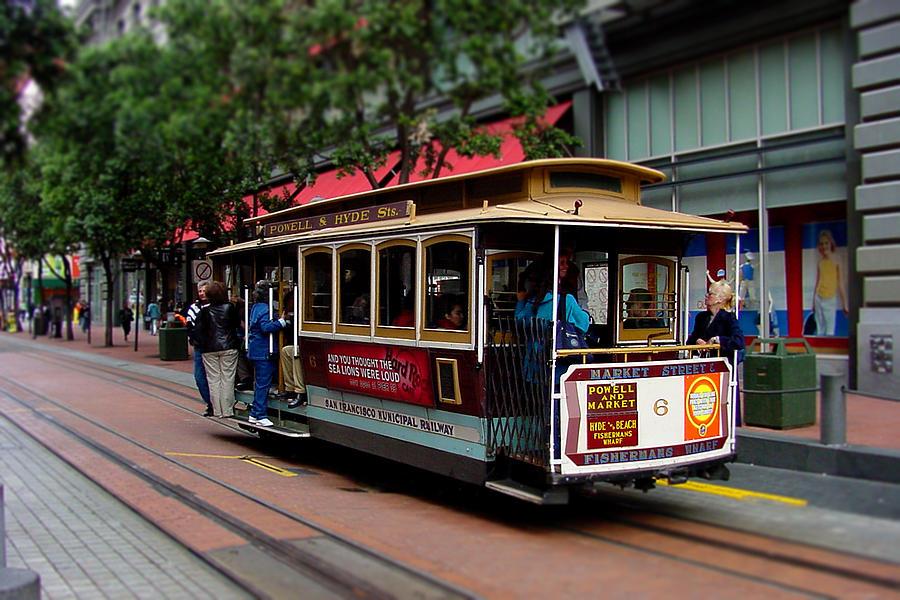 Cable Photograph - San Francisco Cable Car by SFPhotoStore