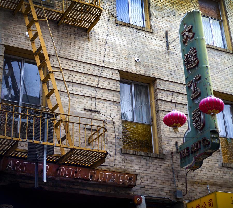 Chinatown Photograph - San Francisco Chinatown Golden Escape by SFPhotoStore