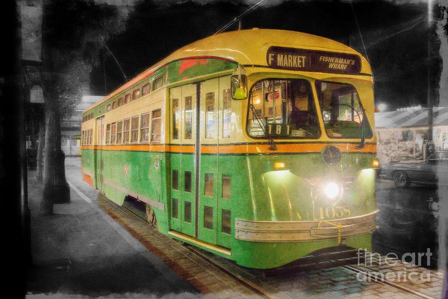 San Francisco Photograph - San Francisco Vintage Cable Car by Tina Araquistain
