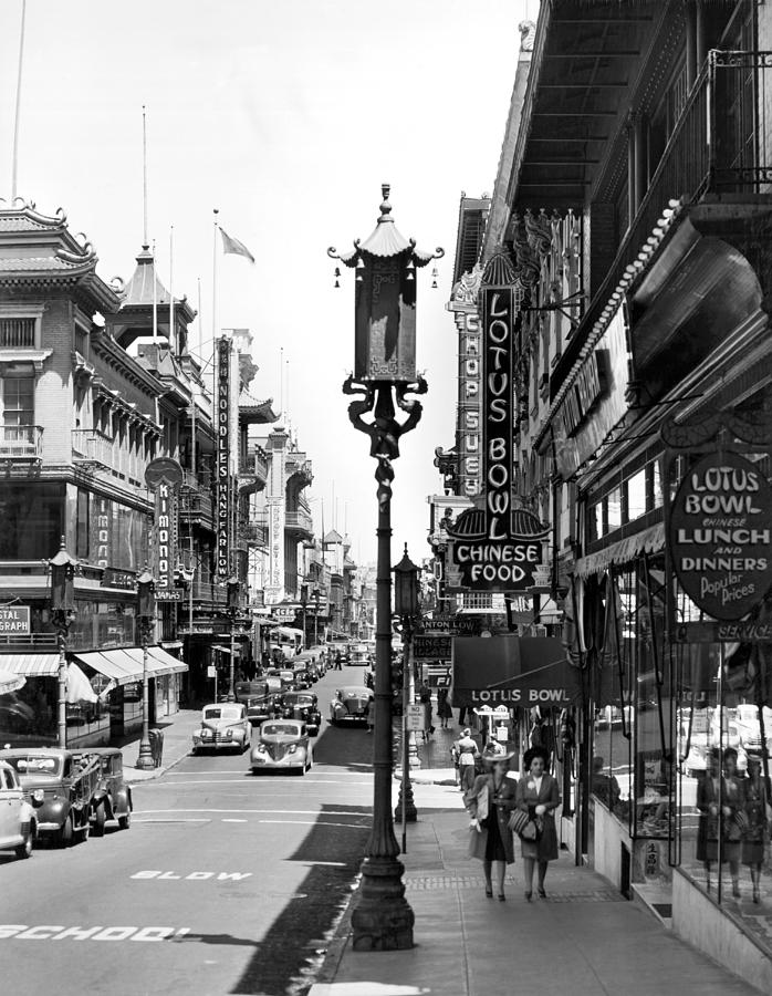 1940's Photograph - San Franciscos Chinatown by Underwood Archives