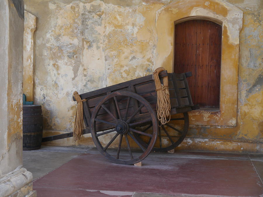 San Juan - San Cristobal Wagon by Richard Reeve