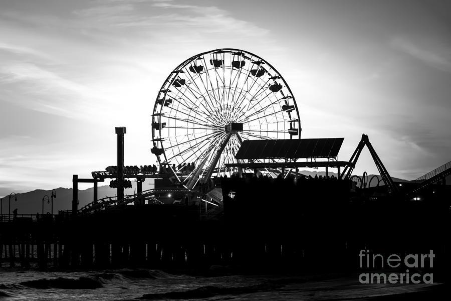 America Photograph - Santa Monica Ferris Wheel Black And White Photo by Paul Velgos