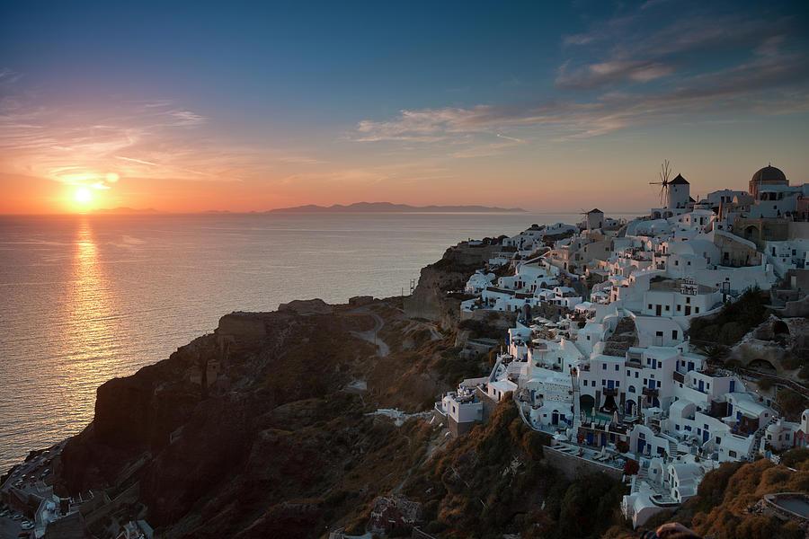 Santorini Sunset Photograph by Andrewkravchenko