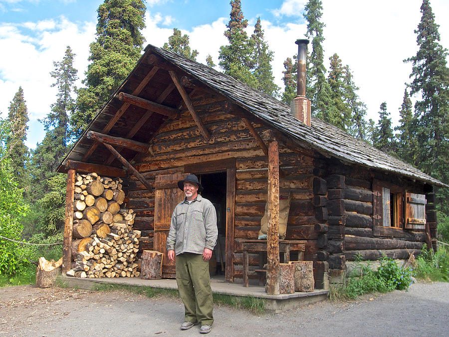 Savage river ranger cabin in denali national park alaska for Denali national park cabins