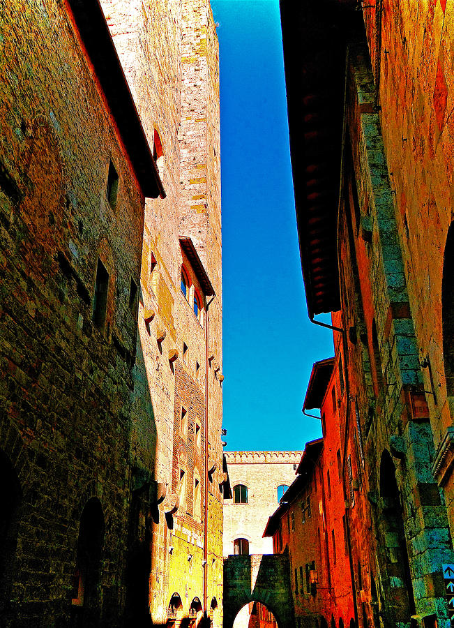 San Gimignano Photograph - Scorched By The Sun by Ira Shander