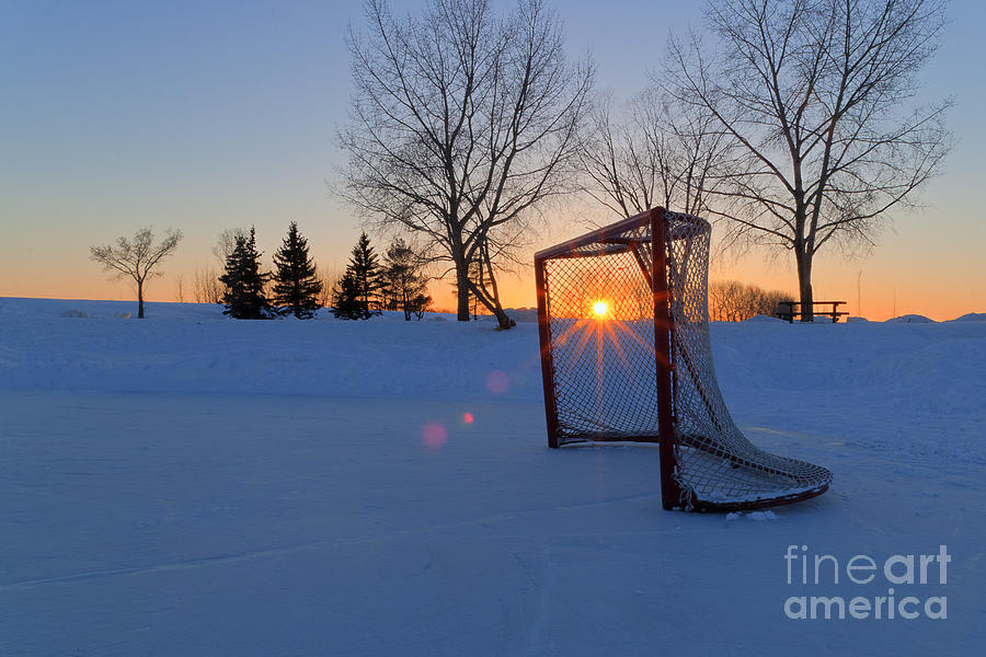 Hdr Photograph - Scoring The Sunset by Darcy Michaelchuk