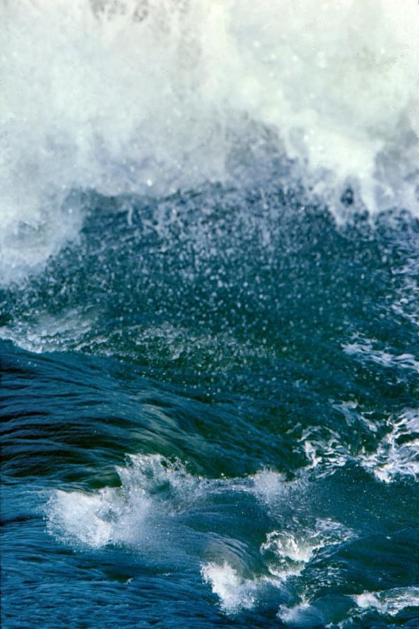 Scylla Sea State by Lin Grosvenor