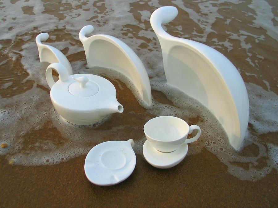 Ceramics Ceramic Art - Seashell 3 by Tingting Su