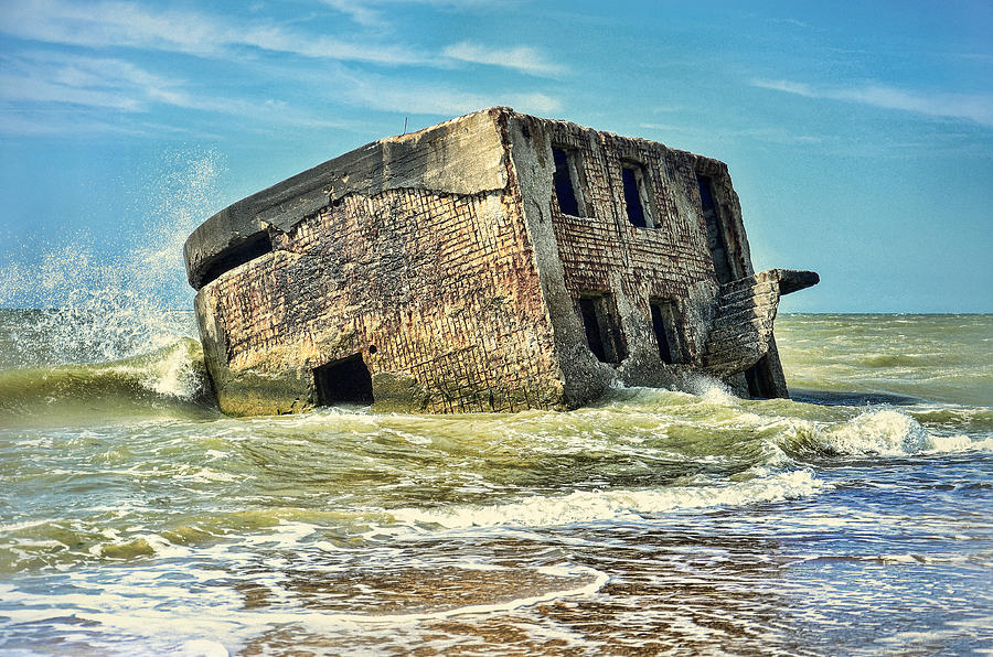 Forts Photograph - Seaside Northern Forts by Gynt