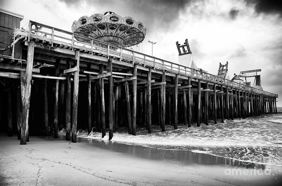 Rides Photograph - Seaside Pier by John Rizzuto