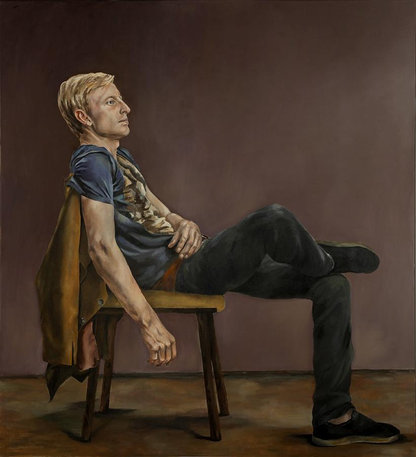 Male Portrait Painting - Seated Man by Jolante Hesse
