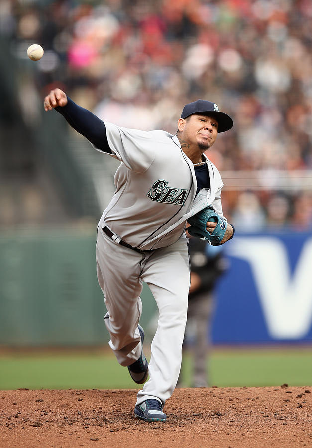 Seattle Mariners v San Francisco Giants Photograph by Ezra Shaw