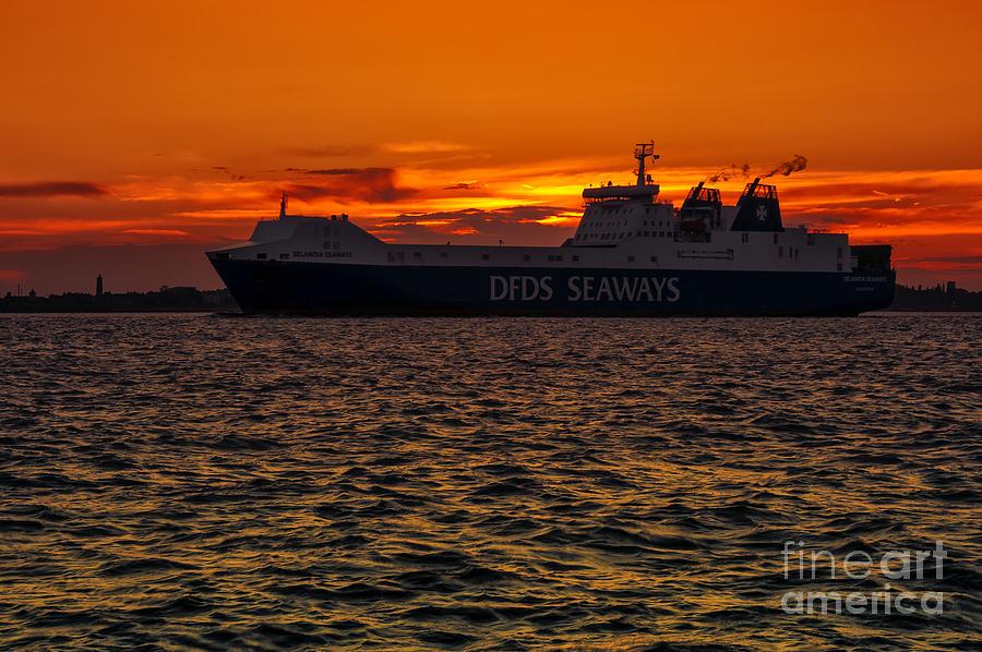 Bay Photograph - Seaways by Svetlana Sewell