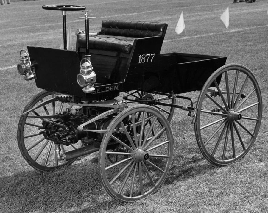 1895 Photograph - Selden Automobile by Granger