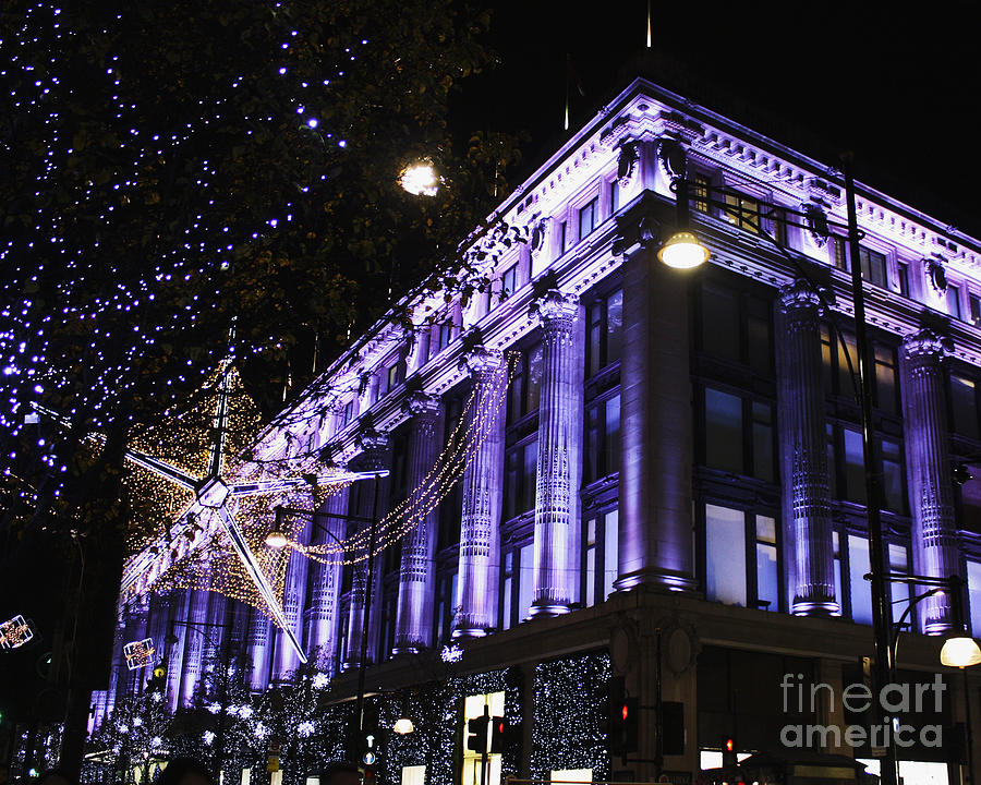 London At Christmas Time.Selfridges London At Christmas Time
